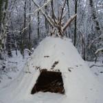 Tipi sous la neige